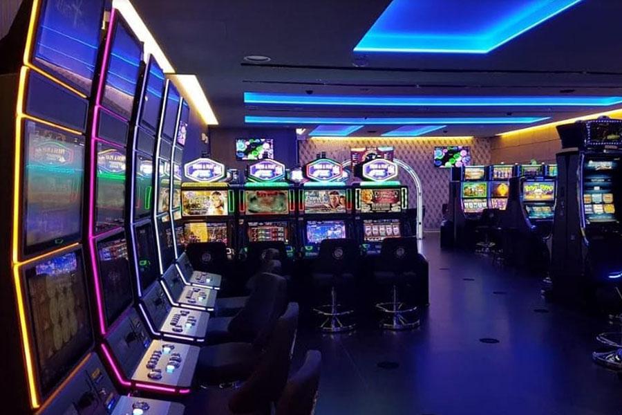 Ristrutturazione sala fumatori del Casino Campione d'Italia.