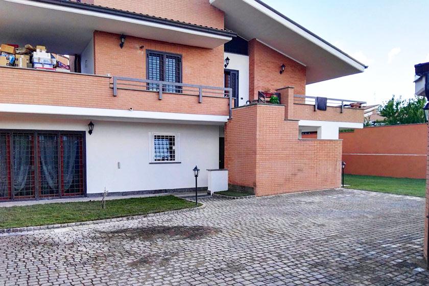 Ristrutturazione villa unifamiliare a Casal Lumbroso a Roma.