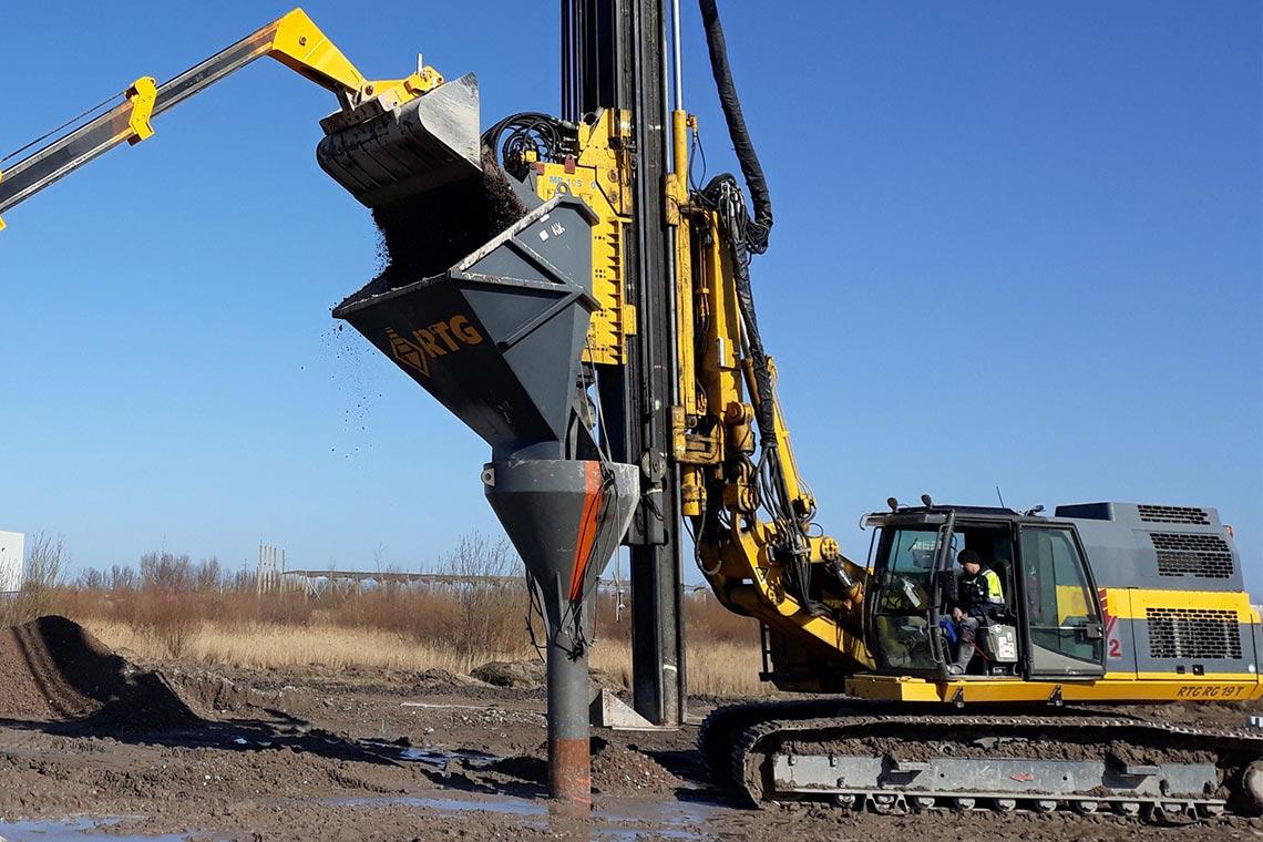 Il consolidamento dei terreni serve di fatto a renderli più solidi aumentandone la capacità portante.