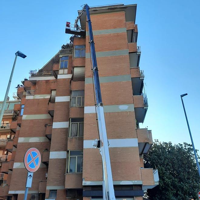 Ristrutturazione residenziale di una palazzina a Via Nemi, Roma.
